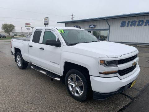 Pre-Owned 2017 Chevrolet Silverado 1500 Custom Four Wheel Drive Pickup Truck 19T0371A