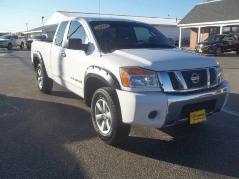 Pre-Owned 2010 Nissan Titan SE Four Wheel Drive Pickup Truck 19B076C